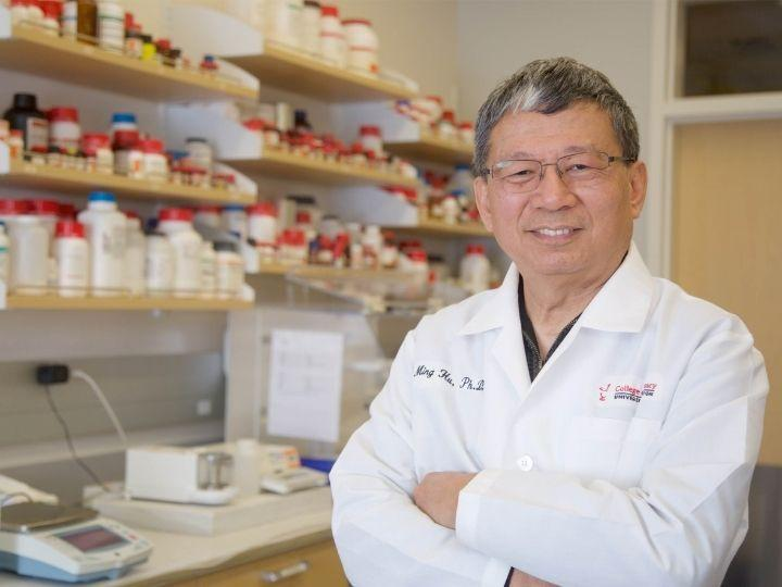 Ming Hu, Diana S-L. Chow Endowed Professor of Drug Discovery and Development at the University of Houston College of Pharmacy
