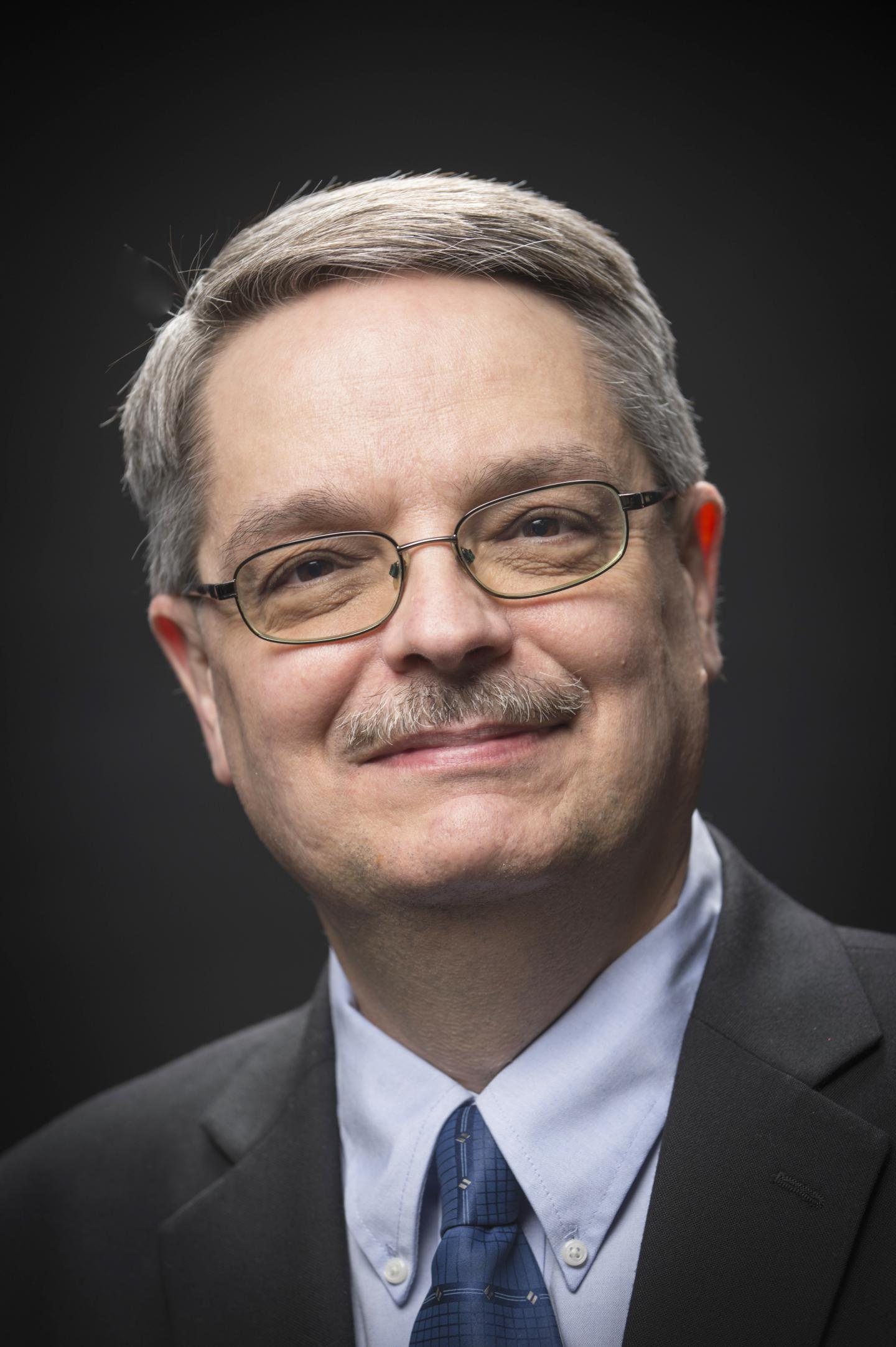 Don Lincoln, Winner of the 2017 Andrew Gemant Award from the American Institute of Physics