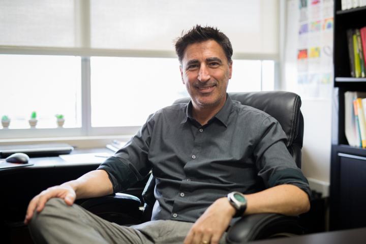 UCF Professor Enrique del Barco