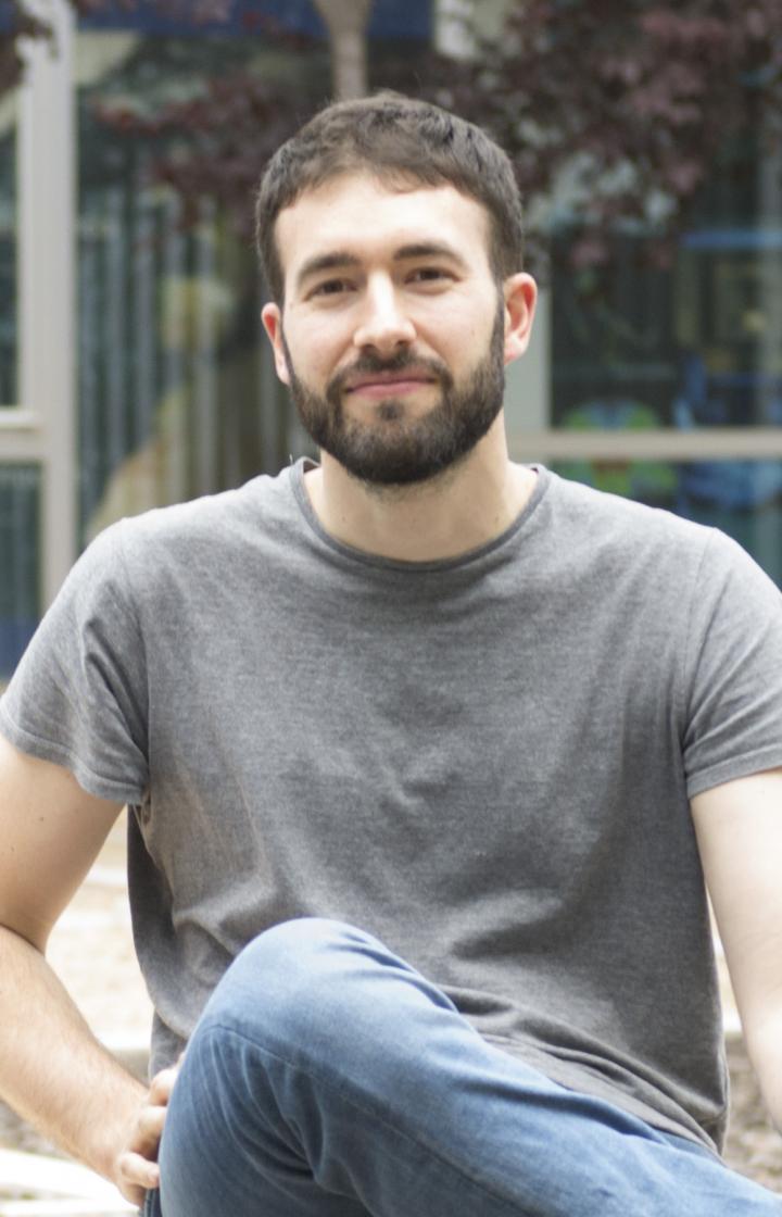 Dr Miguel Aguilera