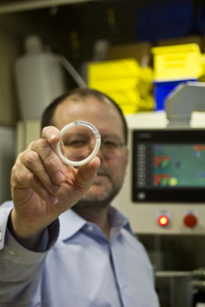 Device Protects against HIV and Pregnancy