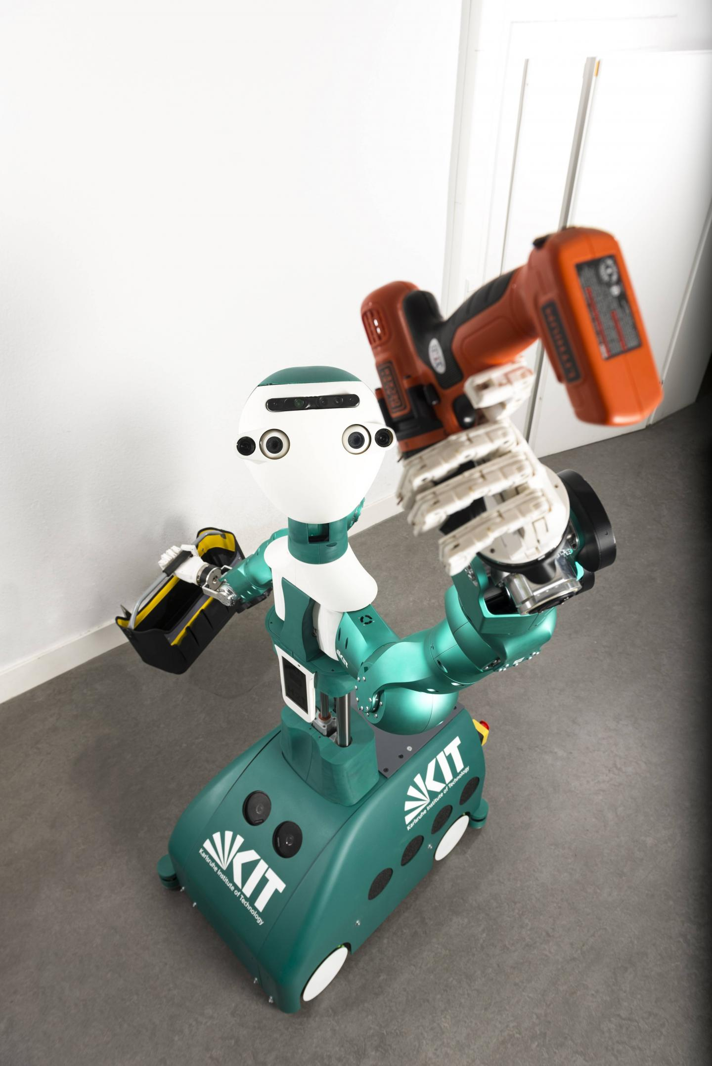 KIT to Showcase Self-Learning Humanoid Robot at CEBIT