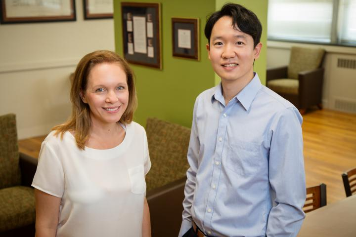 Professor Karen Kramer and Sunjin Pak, University of Illinois at Urbana-Champaign