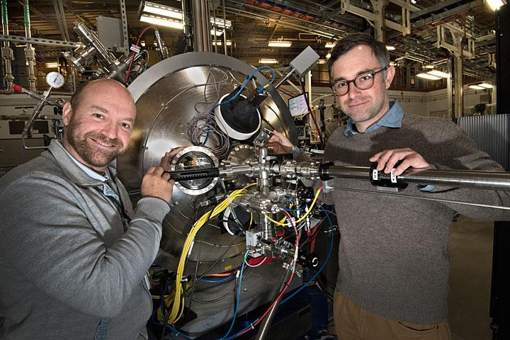 Scientists at NSLS-II Coherent Soft X-ray Scattering Beamline