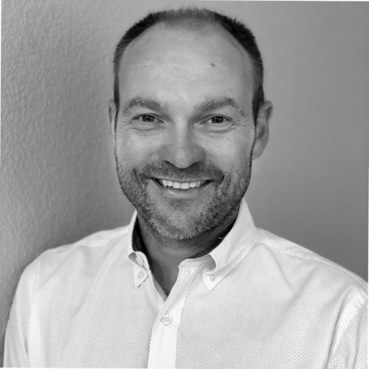 Paul Chamberlain, BSc (Hons), MCOptom