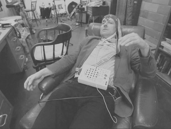 Dr. Thomas Deuel using the Encephalophone