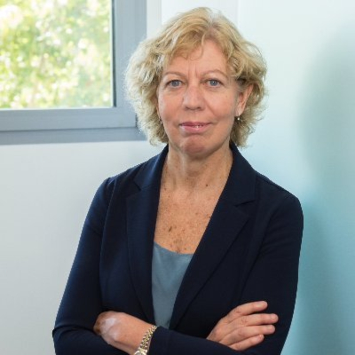 Enriqueta Felip, Principal Investigator of VHIO's Thoracic Tumors & Head and Neck Group, and Head of the Thoracic Cancer Unit at the Vall d'Hebron University Hospital.