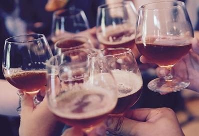 Risks of Cancer and Mortality by Average Lifetime Alcohol Intake