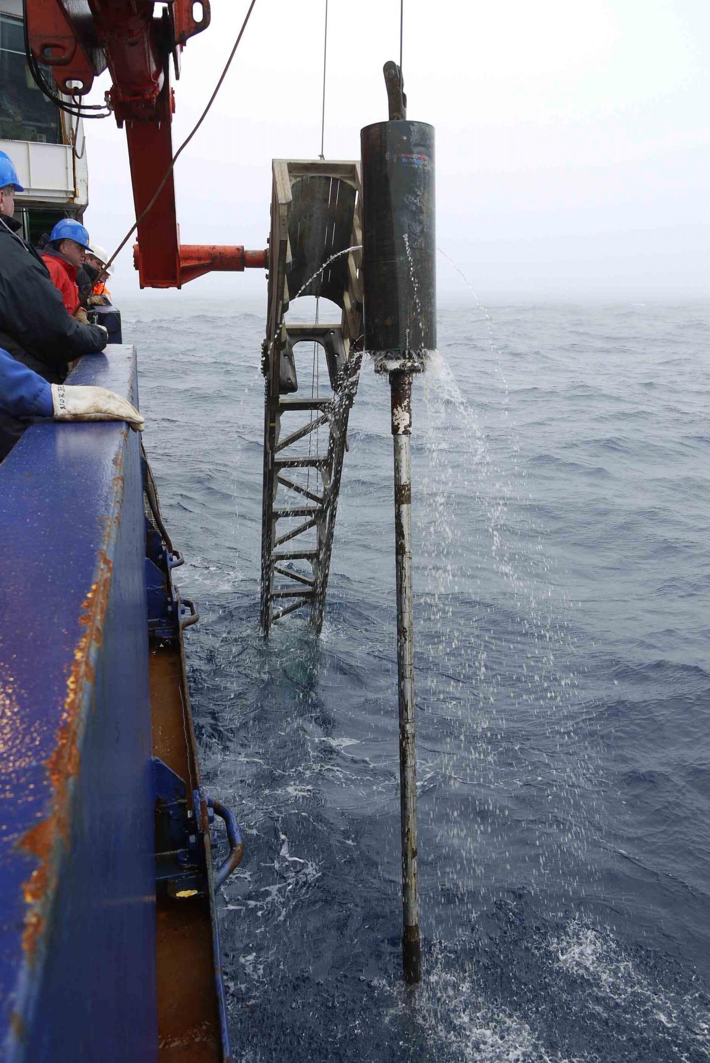 Work Aboard the RV Polarstern