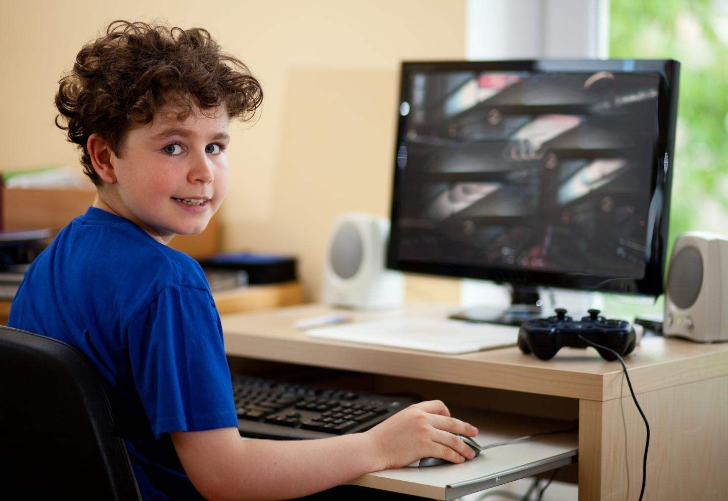 Heavy TV and Computer Use Impacts Children's Academic Results