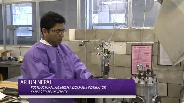 Physicists Patent Detonation Technique to Mass-Produce Graphene (2 of 2)