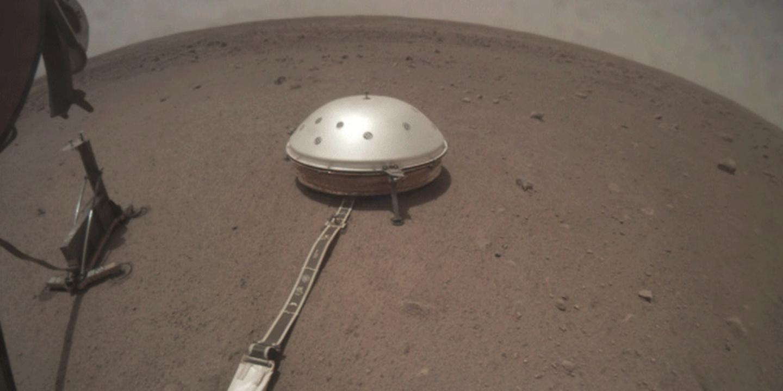 Insight into Phobos transits