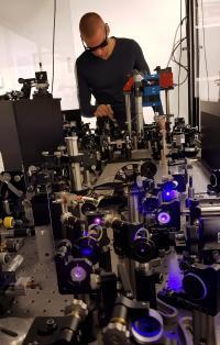 Björn Kriete Performs Ultrafast Spectroscopy
