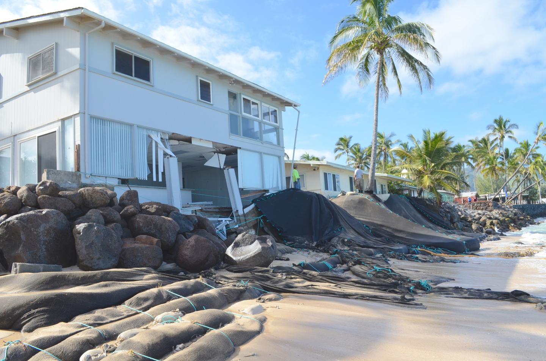 Shoreline Erosion Near Homes on Oahu