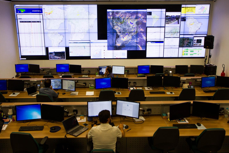 Rainfall: monitoring and forecasting