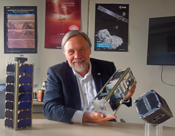 Space Pioneer Award for Klaus Schilling
