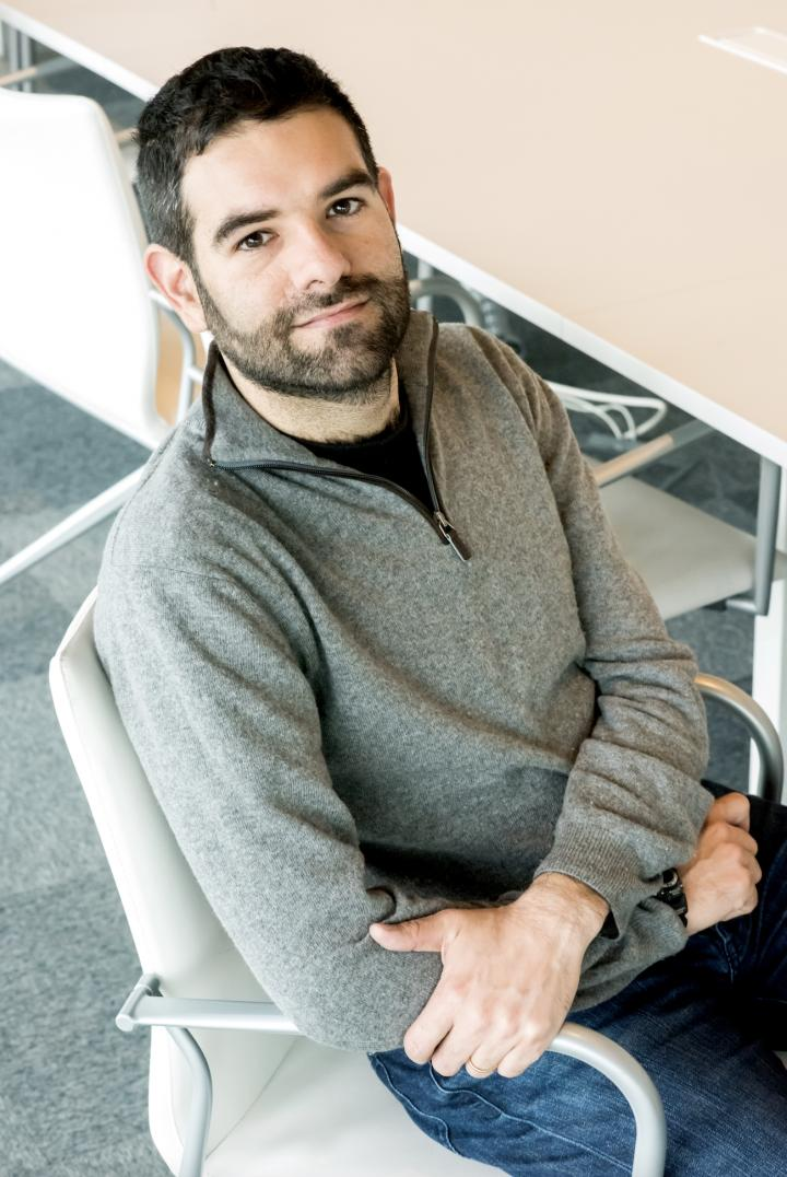 Dr. Dario Fiore