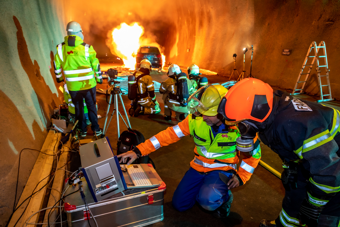 Electric Vehicle Fire in Tunnel