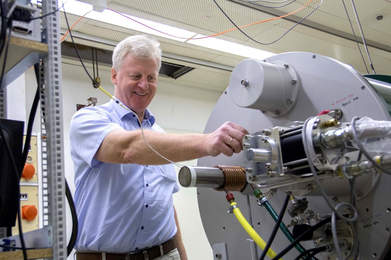 Ernst Bauer, Vienna University of Technology