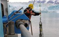 Scientists Obtain Ocean Salinity and Temperature Readings