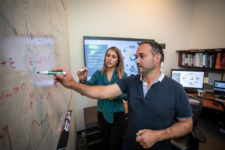 Berkeley Lab scientists Tijana Radivojevic and Hector Garcia Martin