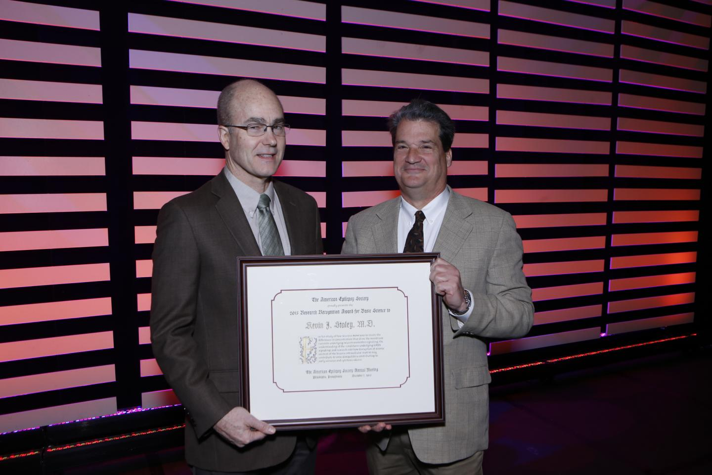 AES Presents Kevin Staley, M.D., with its 2015 Research Recognition Award for Basic Science