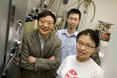Rui-Rui Du, Chi Zhang and Yanhua Dai, Rice University