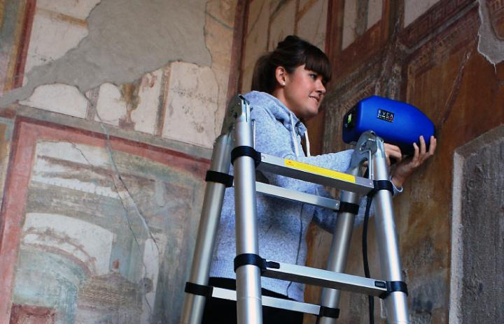 At Work in Pompeii