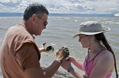 Felisa Wolfe-Simon and Ronald Oremland, US Geological Survey